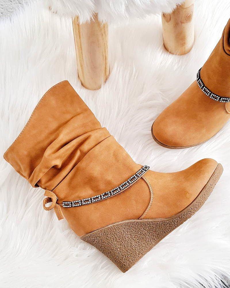 buty na koturnie brązowe