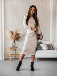 sukienka elegancka jasna